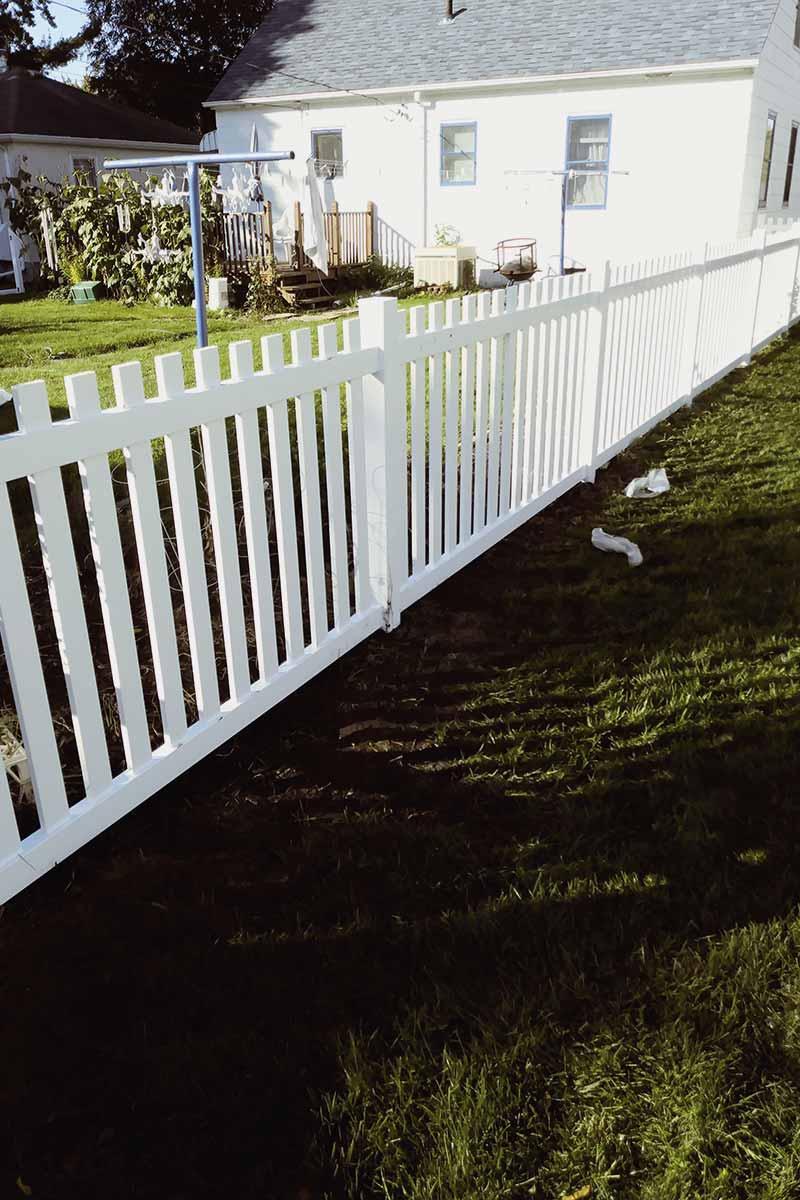 Dog Eared Vinyl Picket Fence