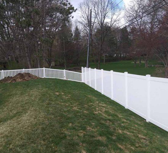 Privacy White Vinyl White Vinyl Picket Fencing