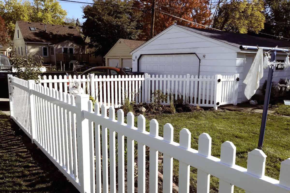 White Vinyl Picket Fence Dog Eared Mn